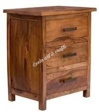 WOODEN CHEST OF 3 DRAWERS