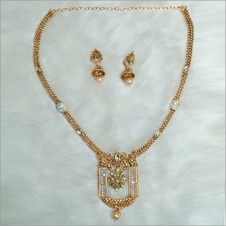 Imitation Necklaces Set