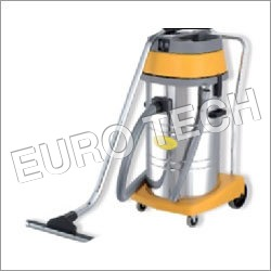 Triple Motor Vacuum Cleaner