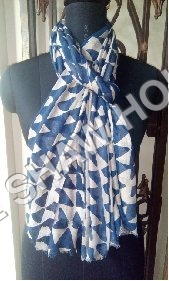 Model Printed Stole