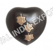 Slat Falling Leaf Heart Keepsake