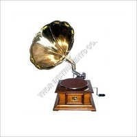 Vintage Wind Up Gramophone With Wooden Base