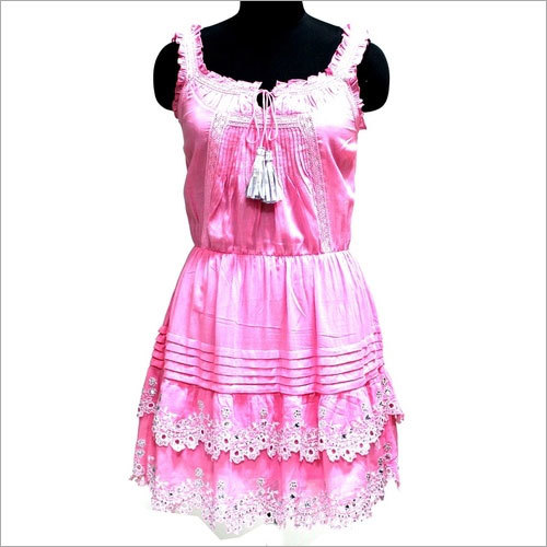 Saloon Dress Pink