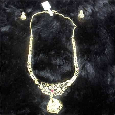 Gold Plates Necklace Set