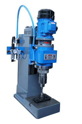 Auto Feeding Riveting Machine