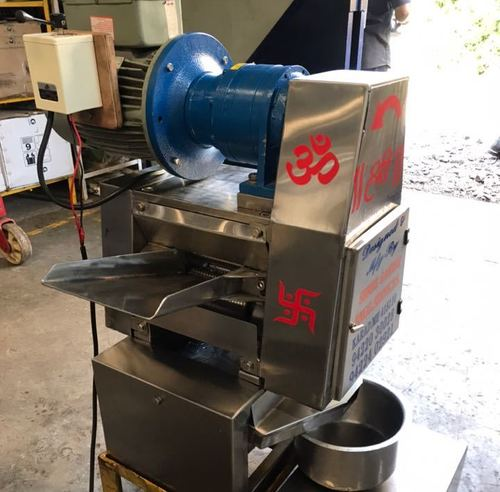 Stainless Steel table top Sugar Cane Crusher