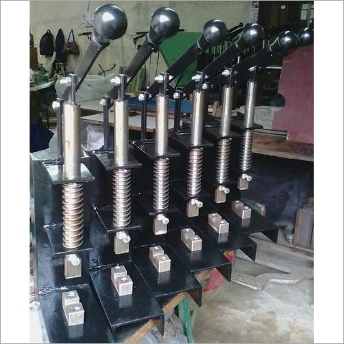 RIBBON NOTCH MACHINE