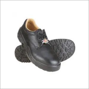 Derby construction shoes