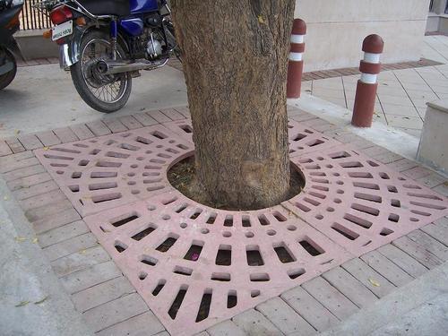 Tree Surround Making Machine