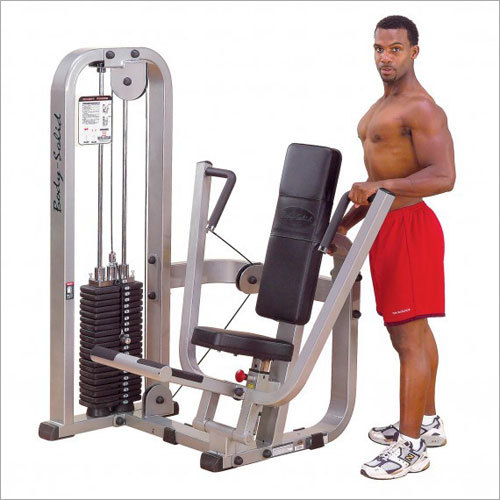 Pro Club Line Chest Press Machine