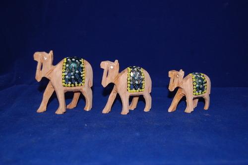 Wood Camel Set