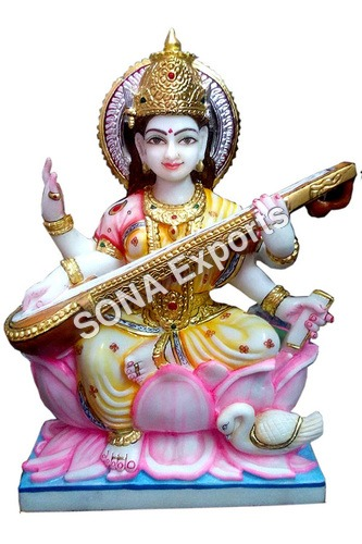Beautiful Saraswati Statue