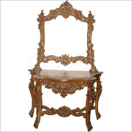 Antiqur Wooden Dressing Table