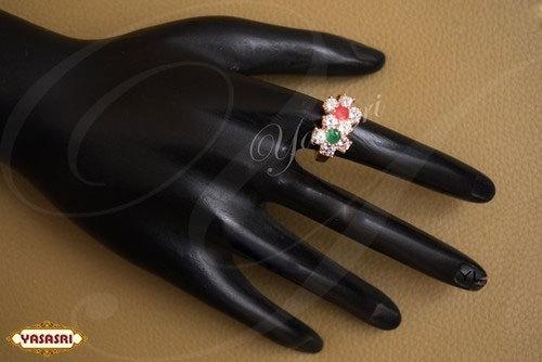 Fancy Design Finger Ring