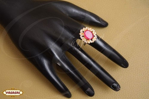Ruby Flower Design Finger Ring