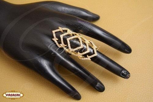 Ladies Trendy Finger Ring