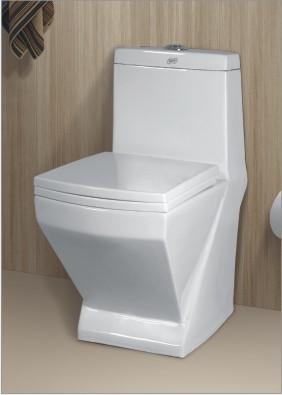 Superieur European Water Closet