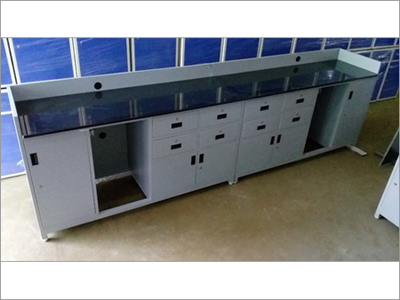 Wall Table for Laboratory
