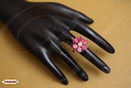 Flower Ladies FInger Ring