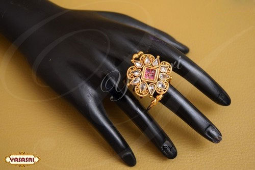 Women Design Finger Ring