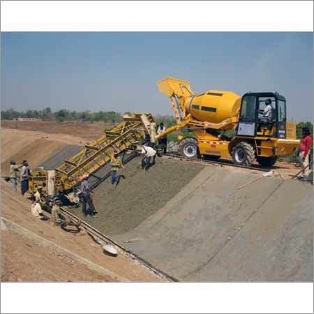 Self Loading Transit Mixer On Rent
