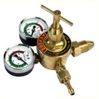 LPG Regulator With Double Gauge
