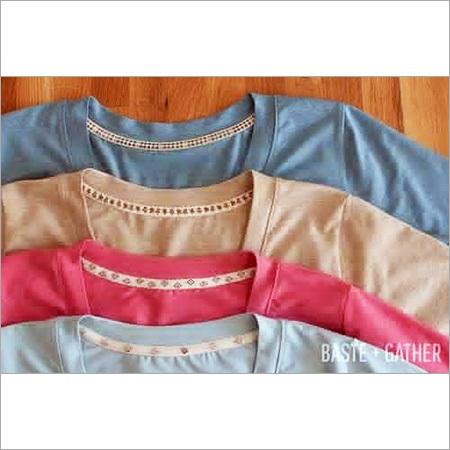 T-shirt Neckline