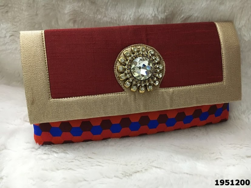 Latest Elegant Brooch Silk Evening Clutch Bag
