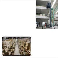 Warehouse Hydraulic Lift