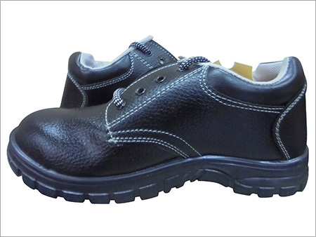 20f8bf6e6f4ad0 Manufacturer of Safety Shoes from Kolkata by AMS SAFETY