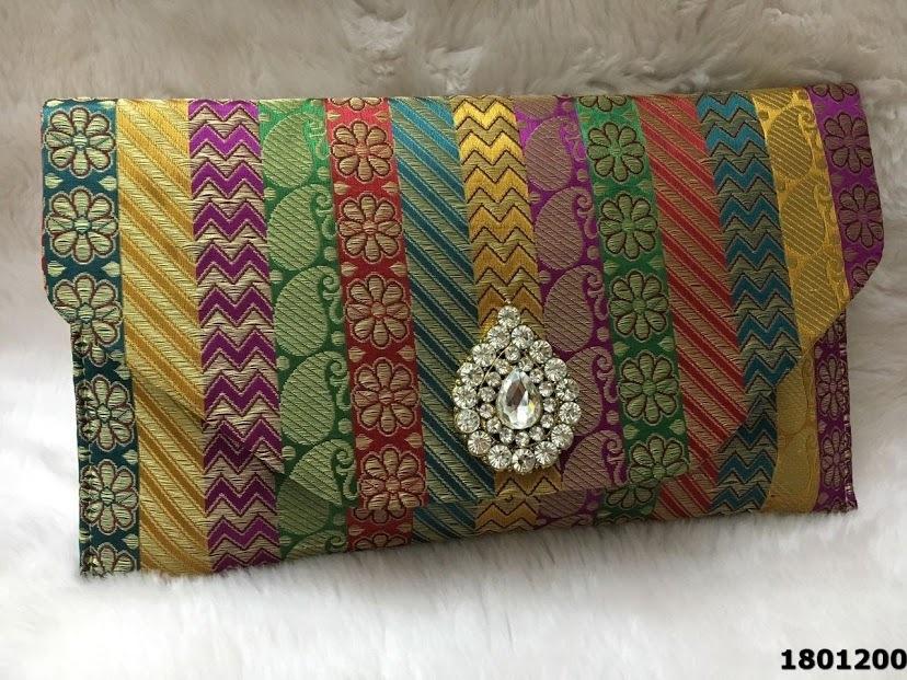 Elegant And Stylish Brooch Colorful Clutch Bag