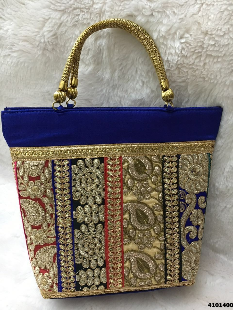 Simple And Classy Look Handbags/Jhola Bags