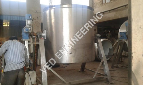 Commercial Tilting Boiling Pan