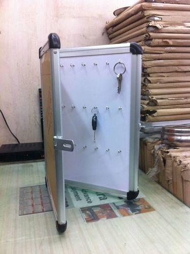 Key Display Stand