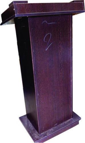 Podium Wooden