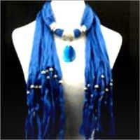 Necklace stole