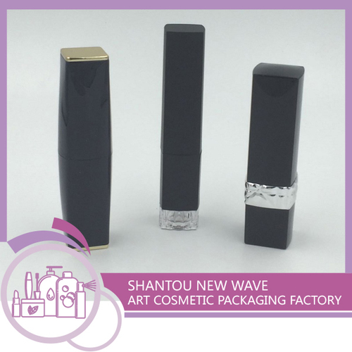 Plastic Packaging of Cosmetic Empty Lipstick Tube/Container