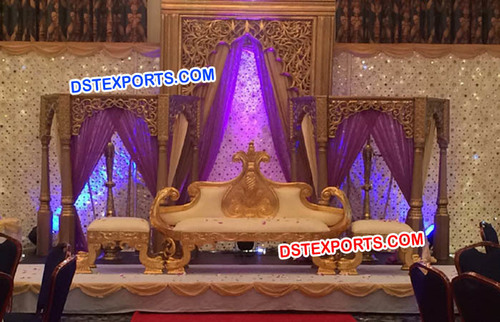 Royal Rajwada Wedding Fiber Stage