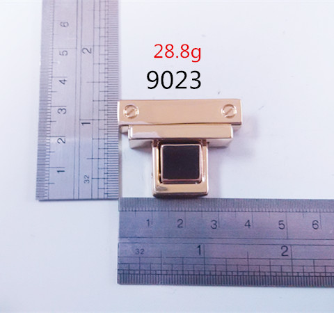 Light Gold Press Lock For Luxury Leather Goods