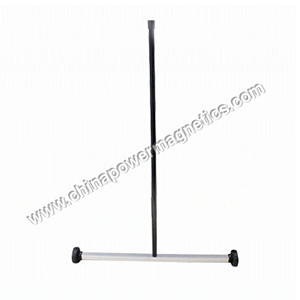 Mini Magnetic Floor Sweeper