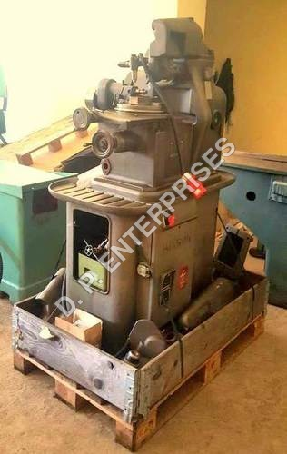 Mikron 102.05 Gear Hobbing Machine