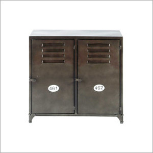 2 Cabinet Table