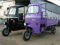 Battery Loading Rickshaw
