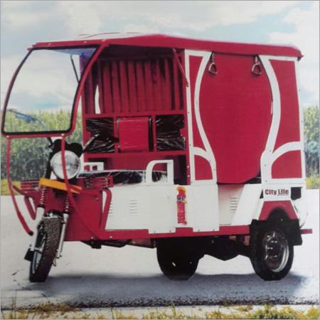 6 Seater Electric Rickshaw