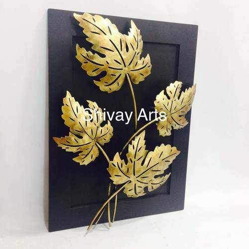 Iron and Wood Maple Leaf Wall Decor Wall Hanging Wall Sculpture