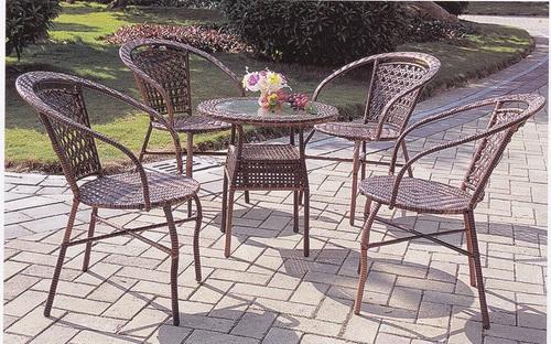 Ivory Style Wicker Outdoor Coffee Set