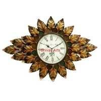Beautiful Handcrafted Metal Leaf Wall Clock/Decor/Hanging