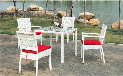 Chameli Style Wicker Outdoor Coffee Set