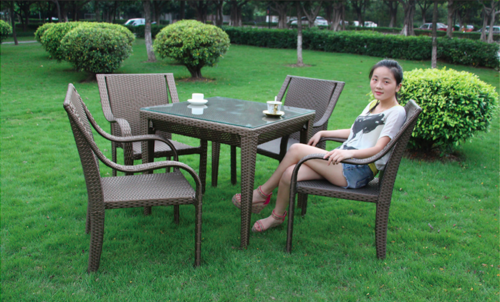 Comfy Style Outdoor Wicker Coffee Set