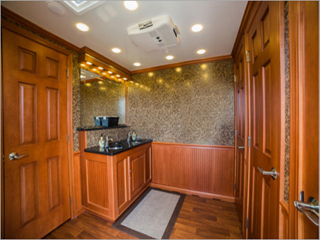 Luxury Restroom Rental Service